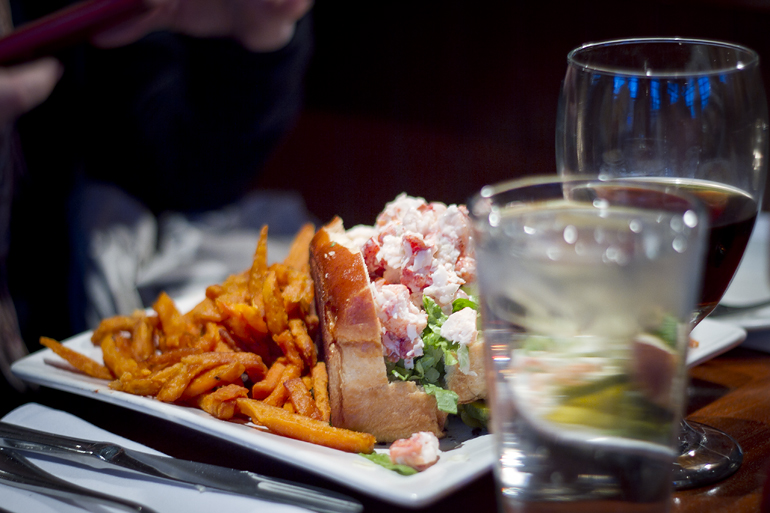 boston lobster roll