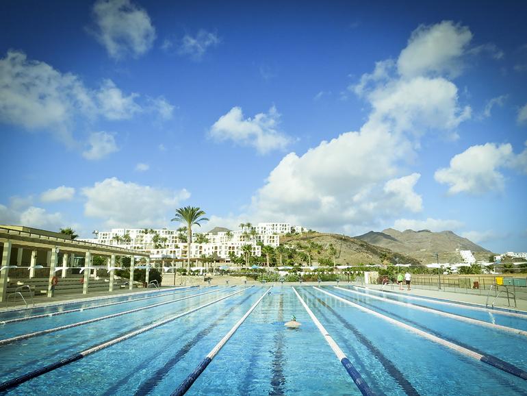 Playitas 691 olympic pool