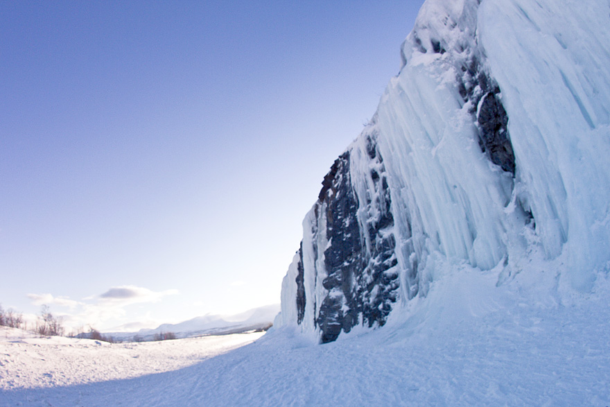 abisko ice climbing isklättring