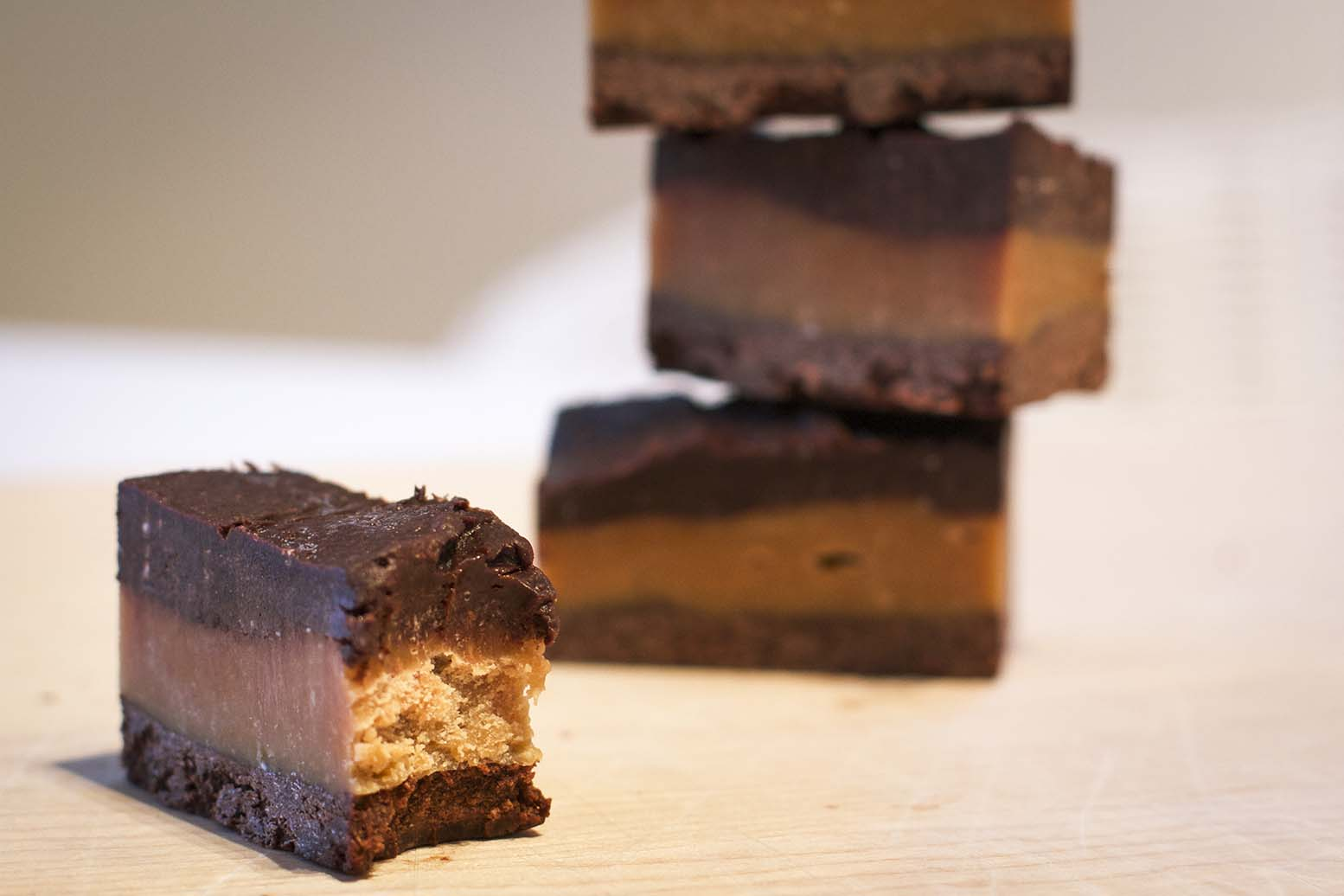 raw healthy peanut butter cups