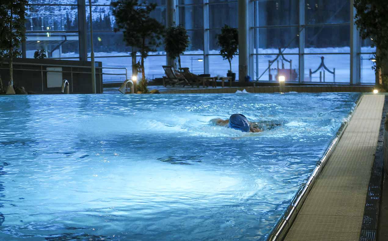 simbassäng åre