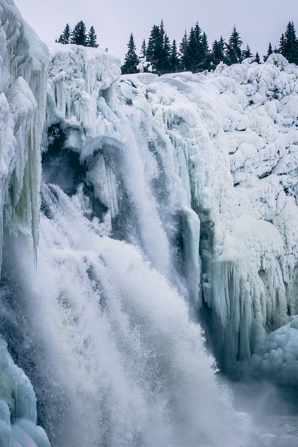 Tännforsen vattenfall vintern