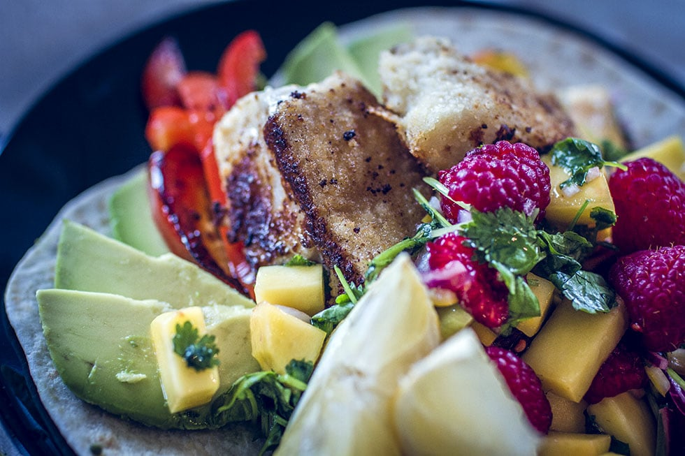 fisch tacos med torsk och hallonsalsa traningsgladje.se