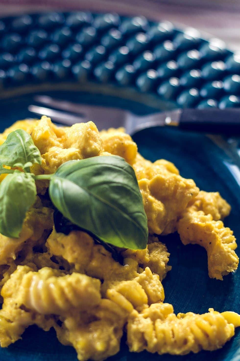 pastagratäng med saffran recept vegetariskt mattias kristiansson