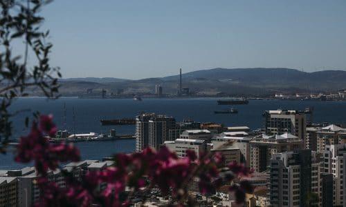 Vi tog med passet och åkte till Gibraltar