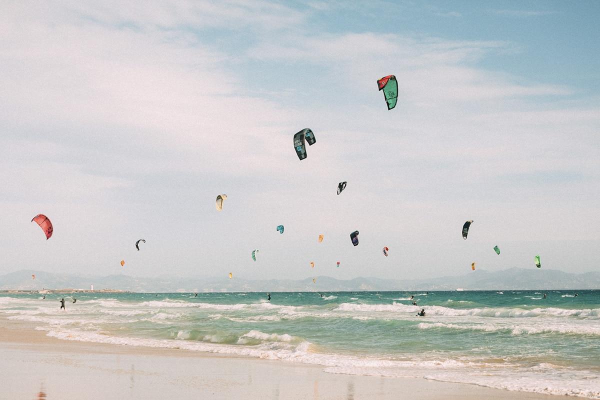 Att lära sig kitesurfa – min ärliga upplevelse